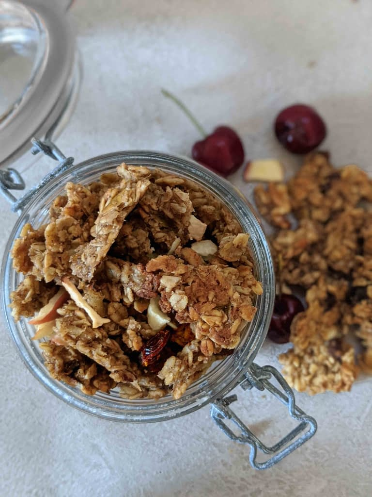 free from apple & date granola